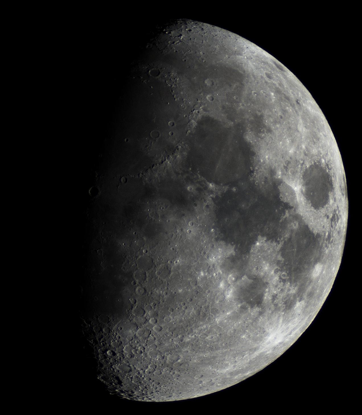 měsíc- t2 fotoredukce